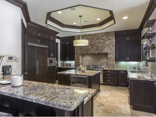 $5.4 Million Elegant Mansion in Pinecrest Florida 5