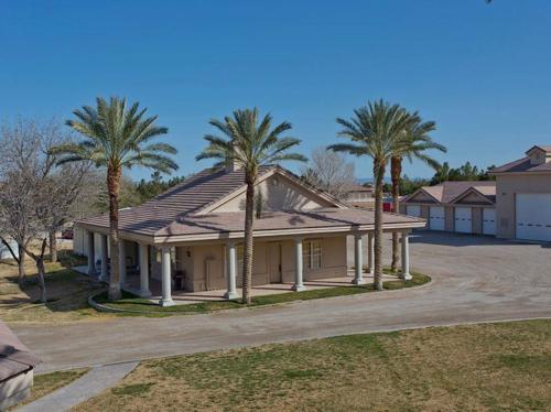 $5.5 Million Equestrian Estate in Las Vegas Nevada 9
