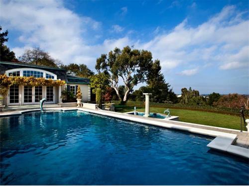 $14.9 Million French Manor Mansion in Palo Alto California 10