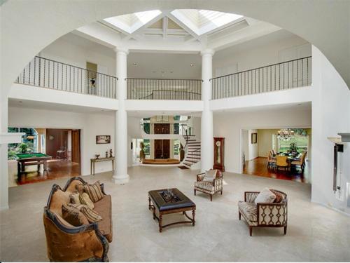 $2.8 Million Mediterranean Mansion in Charlotte North Carolina 4