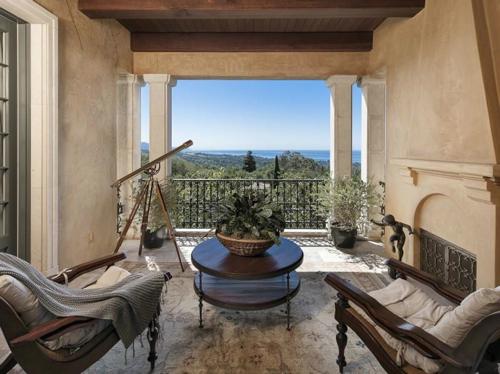 $23.5 Million Prima Luce Mansion in Montecito California 15