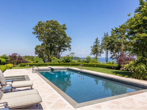 $9.8 Million Waterfront Manor Estate in Lloyd Harbor New York 4