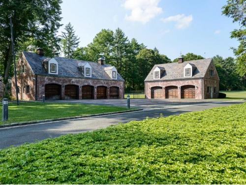 $9.9 Million Brick Georgian Manor in Old Brookville New York 10