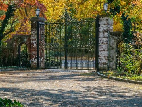 $9.9 Million Brick Georgian Manor in Old Brookville New York 11