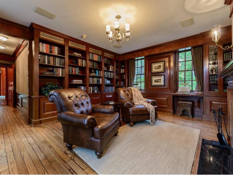 $9.9 Million Brick Georgian Manor in Old Brookville New York 7