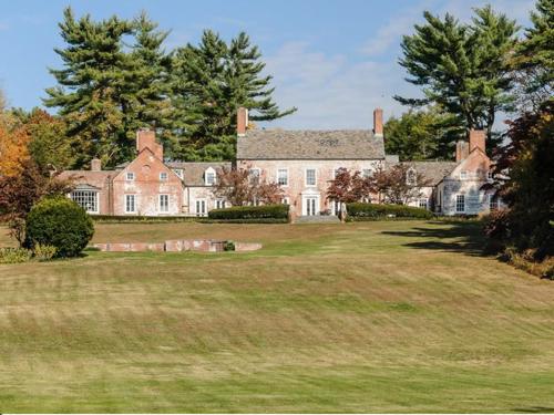 $9.9 Million Brick Georgian Manor in Old Brookville New York 8