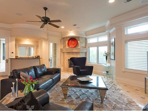 $3.4 Million Grand Estate in Austin Texas 10