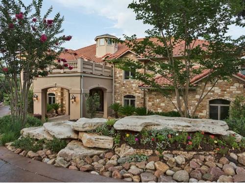 $3.4 Million Grand Estate in Austin Texas