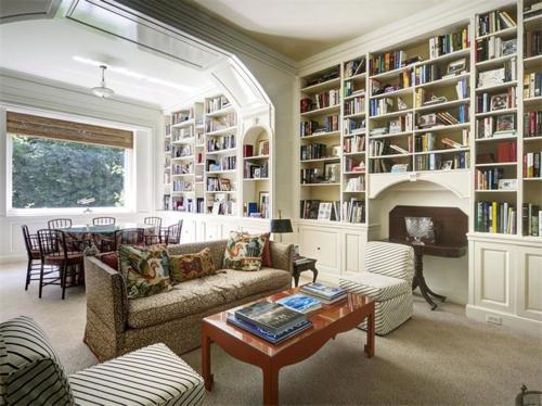 Elegantly Understated Stone Villa in Newport Rhode Island 10