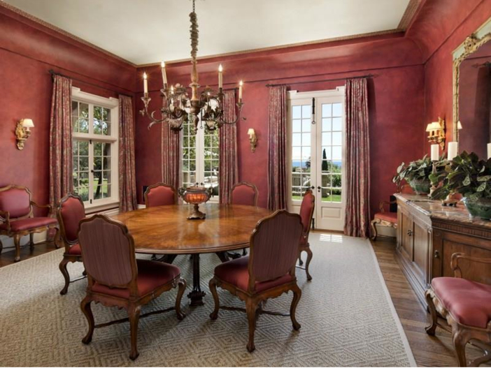 $23.5 Million Prima Luce Mansion in Montecito, California - Dining Room