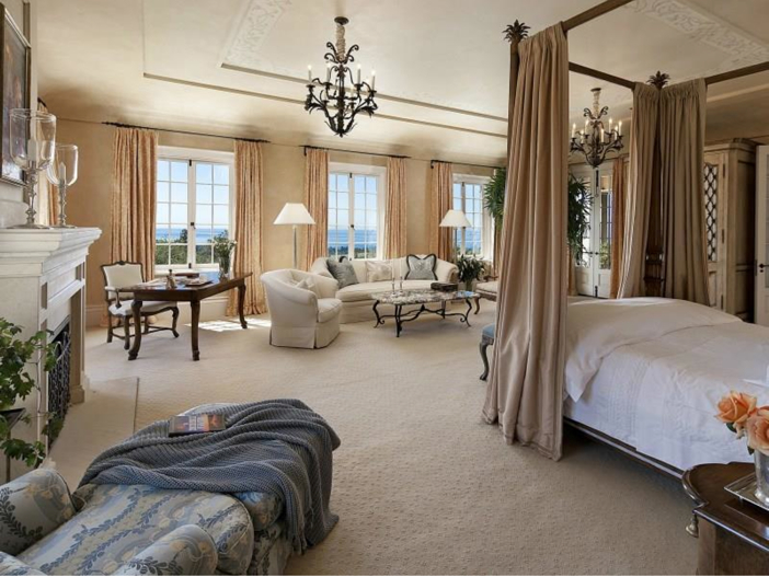 $23.5 Million Prima Luce Mansion in Montecito, California - Master Suite