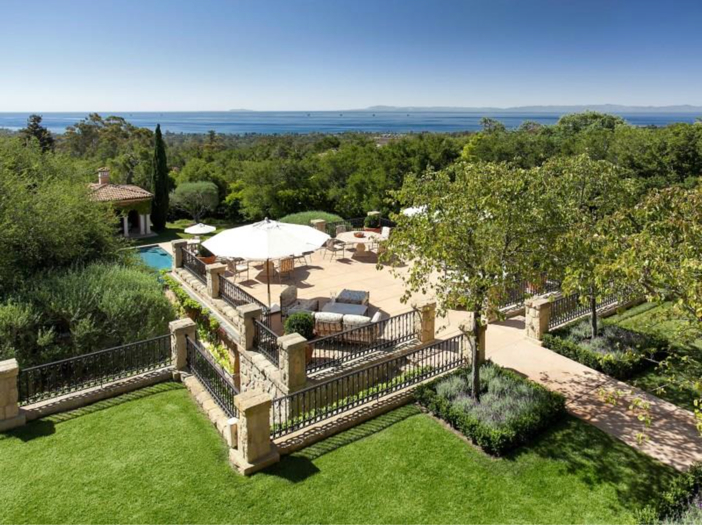 $23.5 Million Prima Luce Mansion in Montecito, California - Veranda