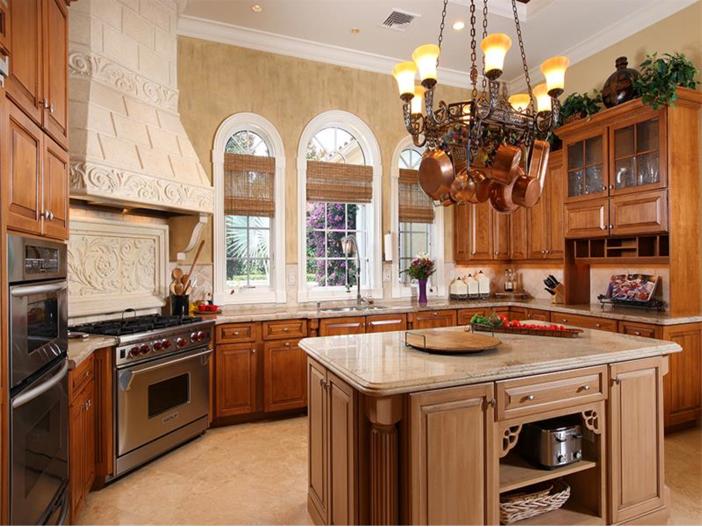 $3.2 Million Italian Inspired Mansion in Naples, Florida - Kitchen