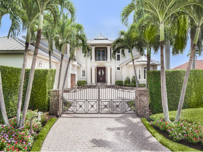 $4.6 Million Custom Waterfront Estate in Naples, Florida