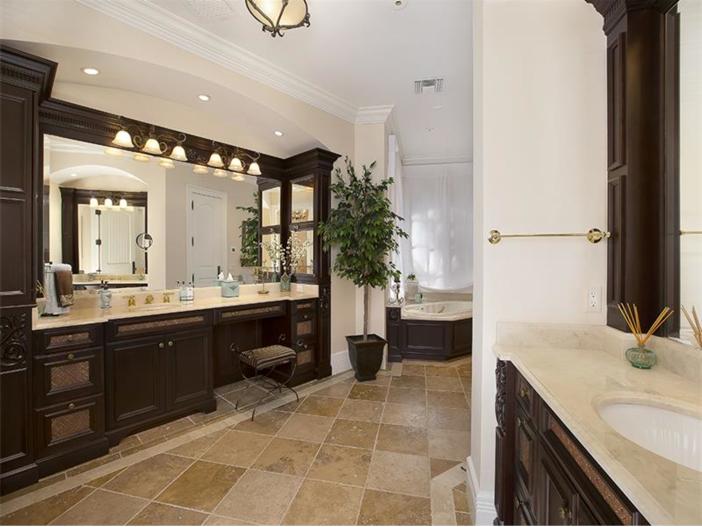 $5.1 Million Elegant European Mansion in Naples, Florida - Master Bath