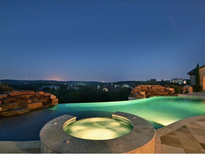 $5.3 Million Tuscan Mansion in Austin, Texas - Infinity Pool with a View