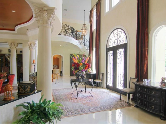 $5.7 Million Magnificent Gated Estate in Houston, Texas - Dramatic Foyer