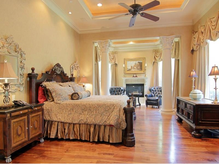 $5.7 Million Magnificent Gated Estate in Houston, Texas - Master Bedroom Suite