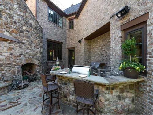 $5.9 Million Custom Stone Manor in Georgia 18