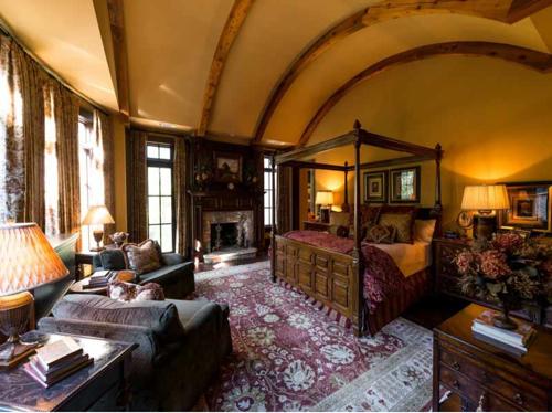 $5.9 Million Custom Stone Manor in Georgia 9