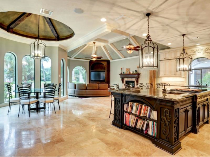 Estate of the day 7 5 million mediterranean mansion in for Kitchen island houston