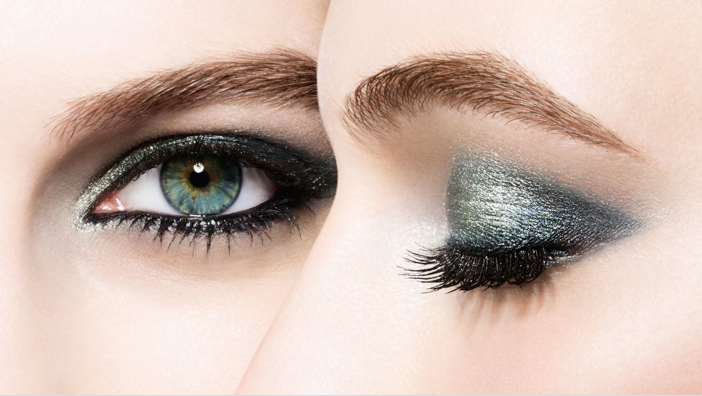 Chanel's Les 4 Ombres Eye Shadow