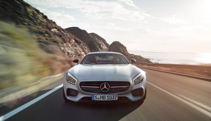 Mercedes-AMG-GT-Driving-Front