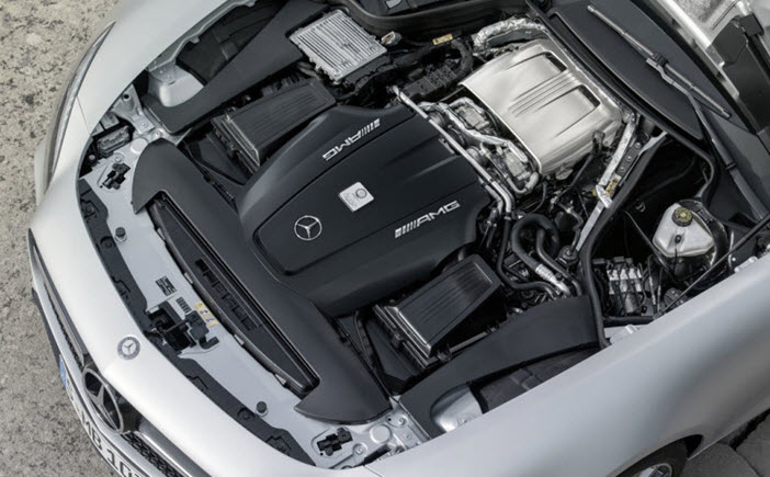 Mercedes-AMG-GT-Engine