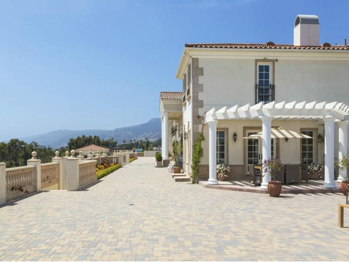 $12.7 Million Neo Classical Mansion in Malibu, California 11