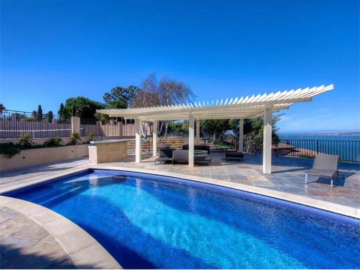 $15 Million Gated Private Mansion in Tiburon, California - Pool