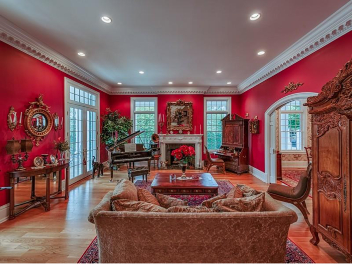 $2.9 Million Greek Revival Mansion in St. Louis, Missouri - Formal Sitting Room