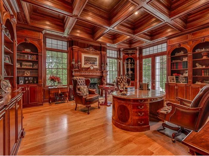 $2.9 Million Greek Revival Mansion in St. Louis, Missouri - Formal Study
