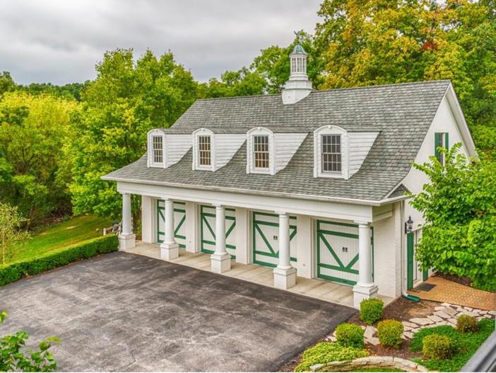 $2.9 Million Greek Revival Mansion in St. Louis, Missouri - Garages