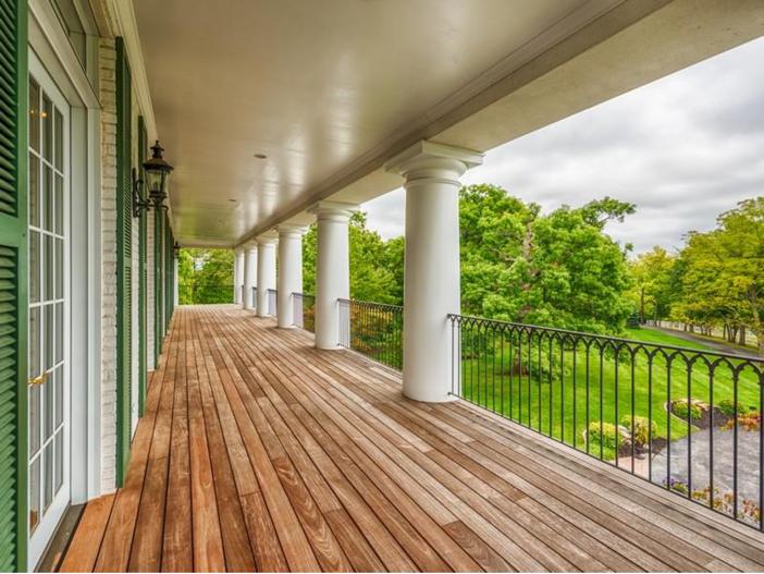 $2.9 Million Greek Revival Mansion in St. Louis, Missouri - Porch