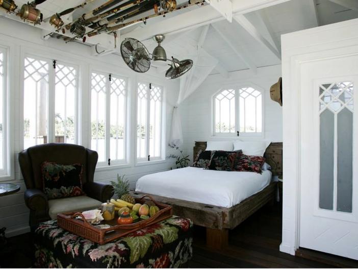 $22.5 Million Modern Mediterranean Mansion in Miami Beach, Florida - Guest House