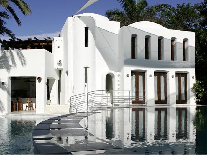 $22.5 Million Modern Mediterranean Mansion in Miami Beach, Florida - Pool and House