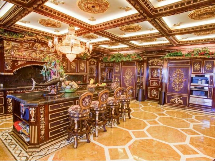 $38.8 Million Stunning Mansion in Los Angeles, California - Gourmet Kitchen