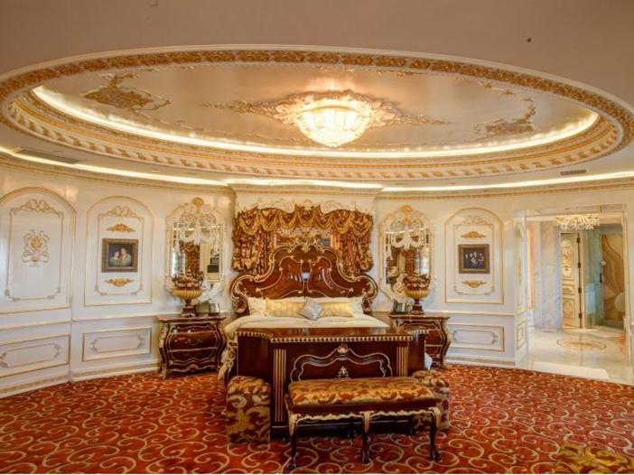$38.8 Million Stunning Mansion in Los Angeles, California - Master Suite