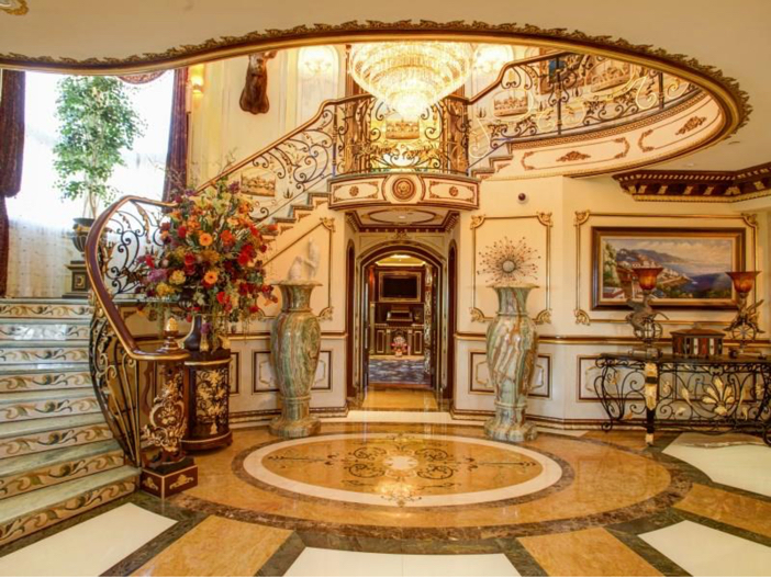 $38.8 Million Stunning Mansion in Los Angeles, California - Staircase