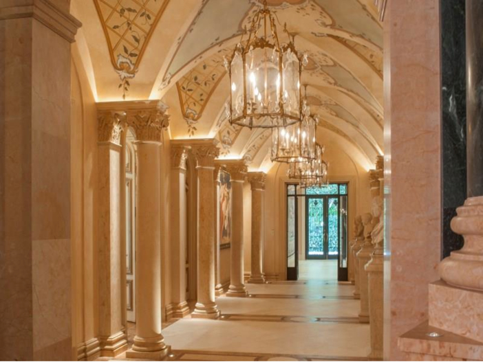 Estate of the day 43 million neoclassical mansion in for Mansion foyer designs