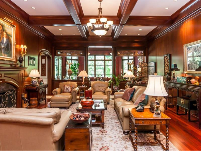 $7.8 Million Luxurious Estate in Raleigh, North Carolina - Stunning Sitting Room