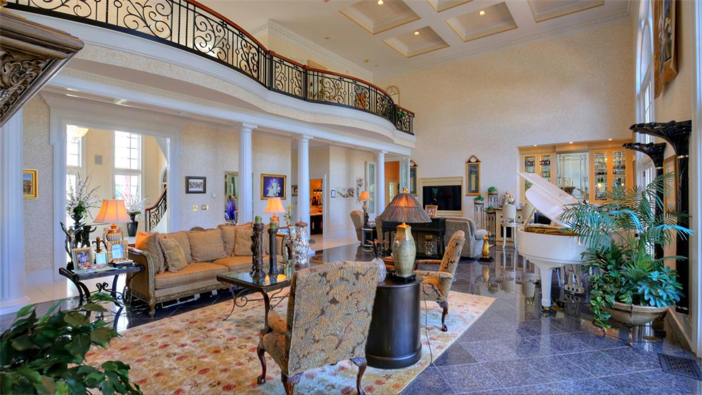 $2.9 Million Grand Estate in Bowling Green, Kentucky 5
