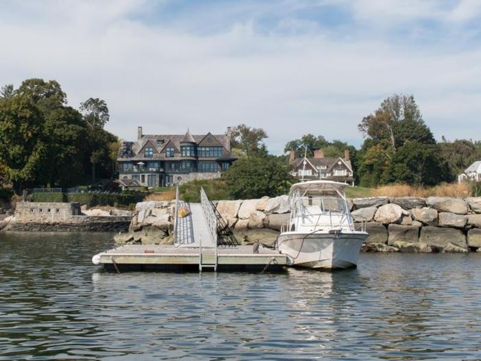 $22 Million Coastal Shingle Style Home in New York 18