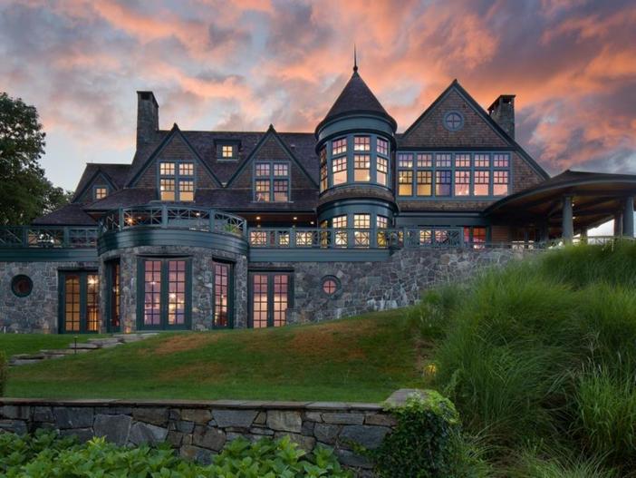 $22 Million Coastal Shingle Style Home in New York