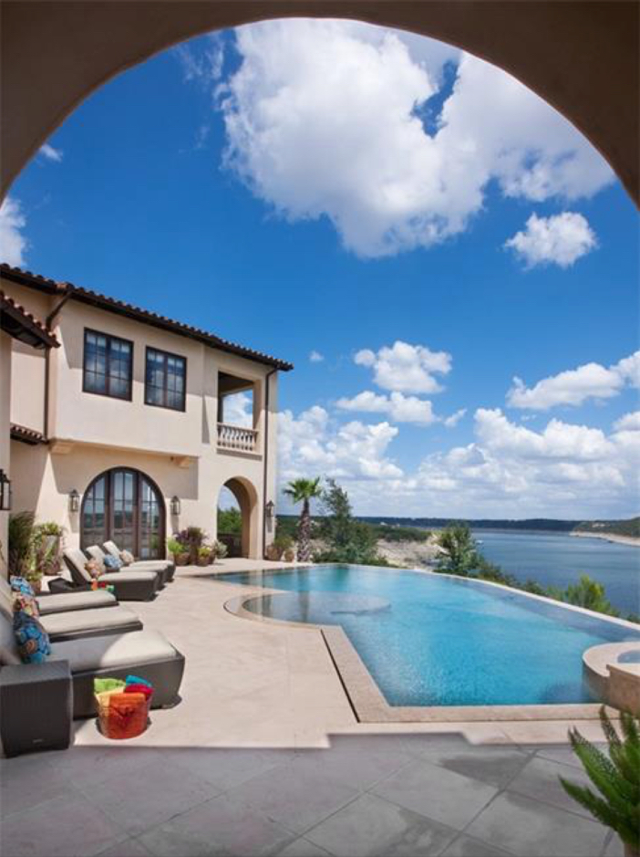 $9.9 Million Villa La Isla in Spicewood, Texas 11
