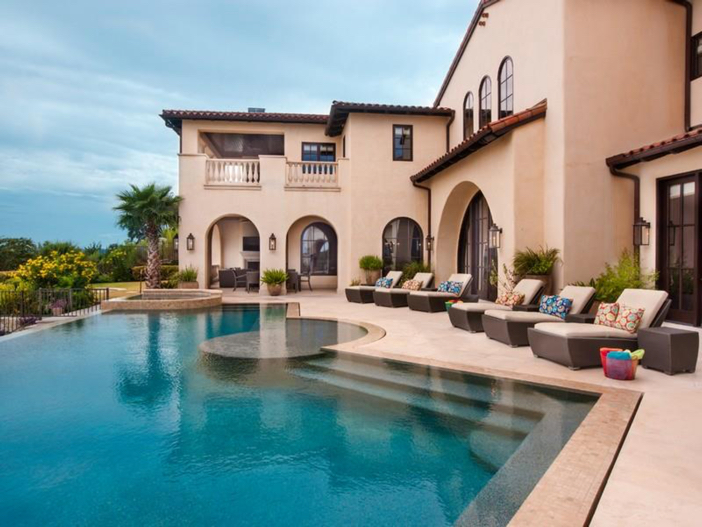 $9.9 Million Villa La Isla in Spicewood, Texas 12