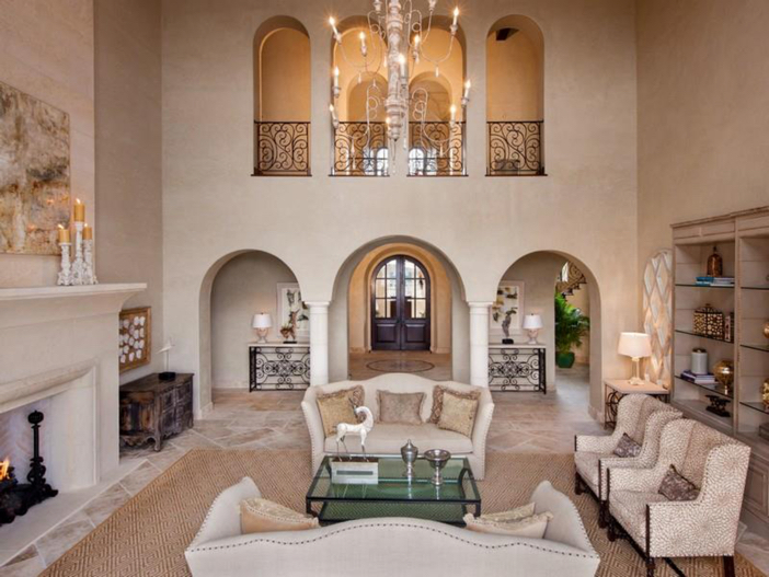 $9.9 Million Villa La Isla in Spicewood, Texas 3