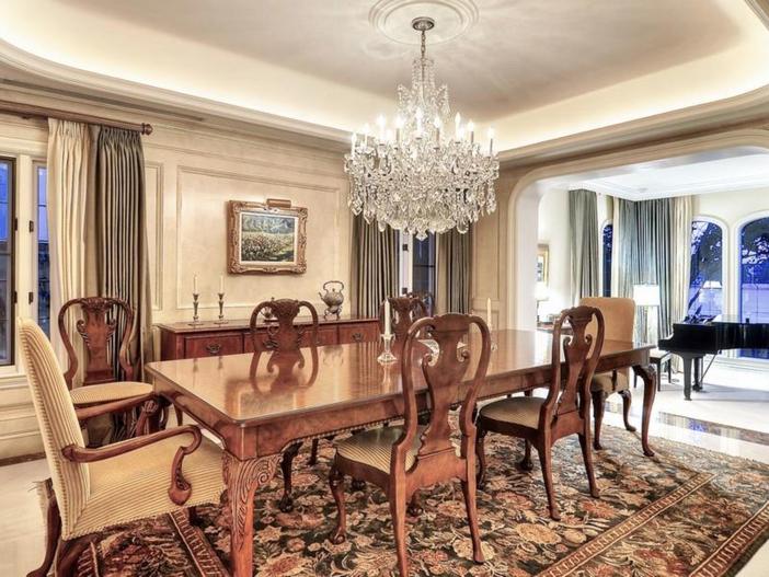 $10.9 Million Parisian Style Manor in Newport Beach, California 10