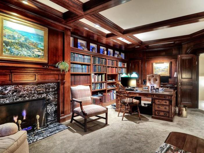 $10.9 Million Parisian Style Manor in Newport Beach, California 11