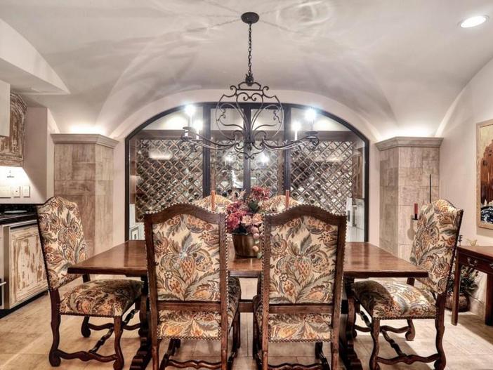 $10.9 Million Parisian Style Manor in Newport Beach, California 15